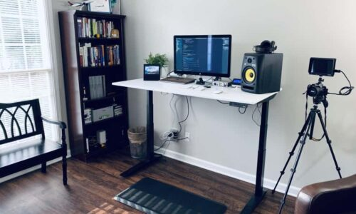 How (and Why) to Choose an Anti-Fatigue Mat for Your Standing Desk